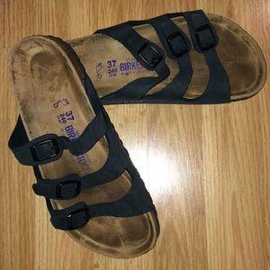 Birkenstock 3 strap black sandal EUC size 37